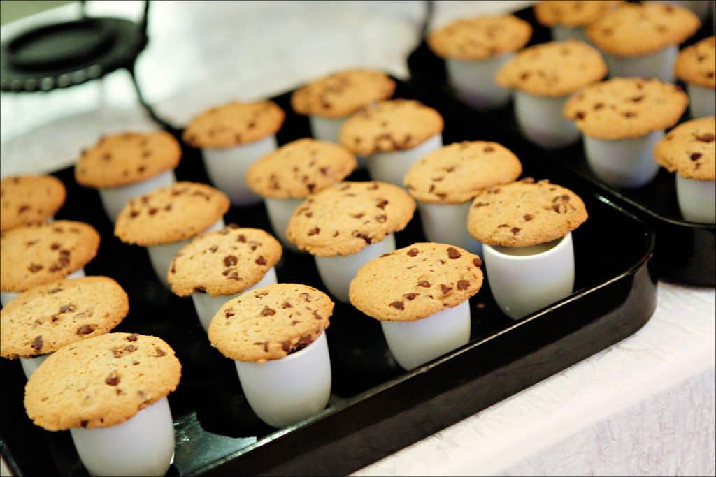 Milk and Cookies 1024x683 - Butlered Desserts