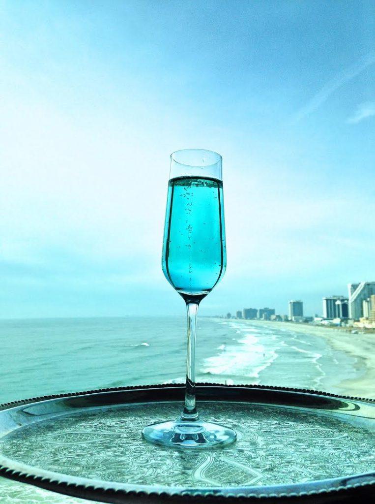 Blanc de bleu 1 763x1024 - Bar & Cocktails